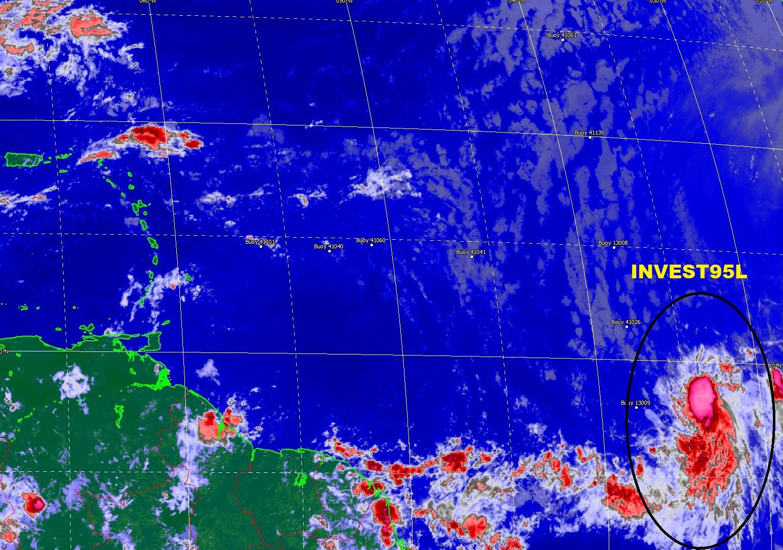 Imagen infrarroja del posible ciclón tropical y su perspectiva con respecto a El Este del Caribe