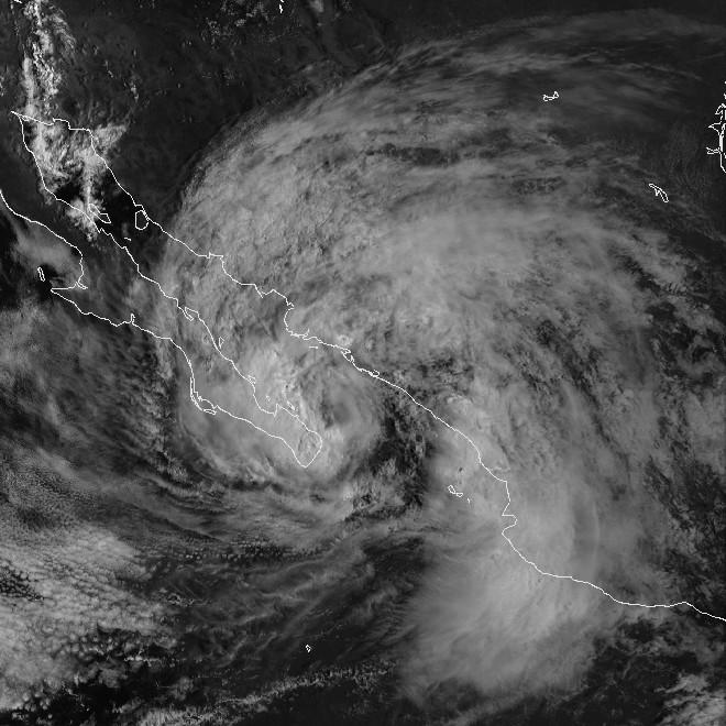 Hurricane_Isis_02_sept_1998_1625Z